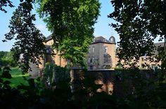 A Walk in the Park - Der Burggraben von Schloss Nörvenich