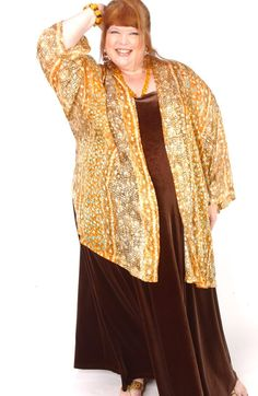 SHOP NOW: Unique jackets for women Sizes 14 - mother of the bride, special occasion, artwear, elegant and unique women's clothing,xoPeg Day To Night Outfits, Evening Outfits, Plus Size Art, Plus Size Women, Kimono Jacket, Jacket Dress, Curvy Fashion, Plus Size Fashion, Unique Fashion