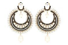 Ohrringe von Givenchy, um 690 Euro
