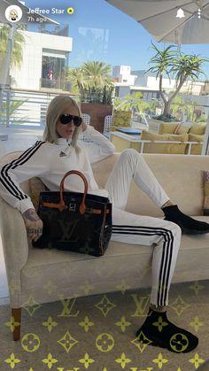 Jeffree Star, Louis Vuitton Neverfull, Louis Vuitton Monogram, Tote Bag, Stars, Sexy, Pattern, Collection, Fashion