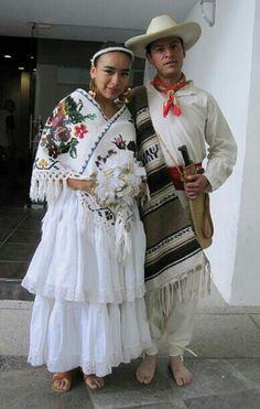 Traje tipico de Puebla.