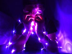 Just shine bright for you. Dark Purple Aesthetic, Violet Aesthetic, Aesthetic Colors, Aesthetic Photo, Aesthetic Art, Aesthetic Pictures, Vaporwave, Arte Alien, Neon Purple