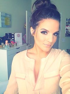 love Casey's top, hair and makeup!!! gorgeous!!!
