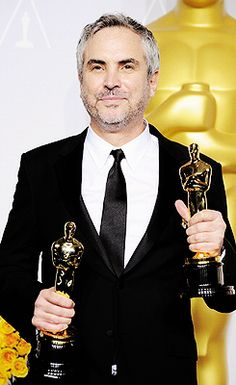 Alfonso Cuaron wins Best Director for Gravity at the 2014 Oscars Oscar Winners, Award Winner, Film Awards, Academy Awards, Movie Theater, Movie Tv, Dramas, Les Oscars, Winners And Losers