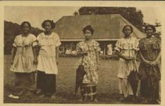 Samoa men in traditional clothes. Samoan ladies in 1934