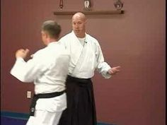 Intermediate Aikido: Mune Tsuki Waza : Mune Tsuki Waza: Iriminage - YouTube