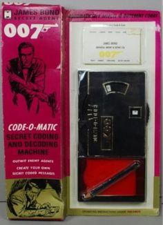 James-Bond-1965-Multiple-Toymakers-007-ATTACHE-CASE-CODE-O-MATIC-MOC