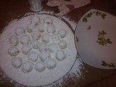 ΜΑΓΕΙΡΙΚΗ ΚΑΙ ΣΥΝΤΑΓΕΣ: Κουραμπιεδάκια τέλεια !!!! Dessert Recipes, Desserts, Greek Recipes, Recipies, Sweets, Cookies, Cake, Blog, Decor