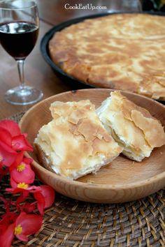 tyropita Greek Desserts, Greek Recipes, Filo Pastry, Food To Make, Tart, Bakery, Brunch, Food And Drink, Cooking