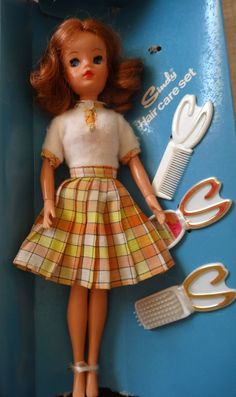 70's Lovely Lively Sindy Doll In Box | 80