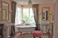 Holiday Hues: Parisian Pinks  Pink Ground Brooke's bath