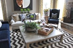 The Fat Hydrangea: Parade of Homes - House - coffee table New Living Room, Home And Living, Living Room Decor, Living Spaces, Living Area, Living Room Inspiration, Home Decor Inspiration, Style At Home, Condo