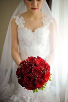 Red rose bouquet with berries
