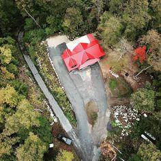 Drone shots provide so much perspective. . .  #muskoka #canada #architecture #framing #construction #garage #cottagelife #design #rosseaugarage #scottcustombuilding #cottage #parrysound #sahanatienhaulage #corbinpattendesigns #lakerosseau @scottcustombuilding #dji #djimavicpro #drone Photo by: @jordanpatten