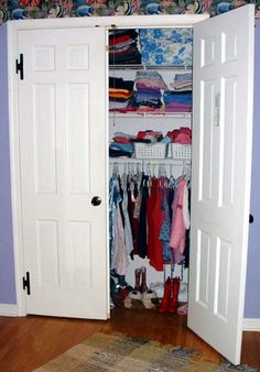 How to Organize Your Closet in 11 steps,  I need to do this in my daughters room!!!