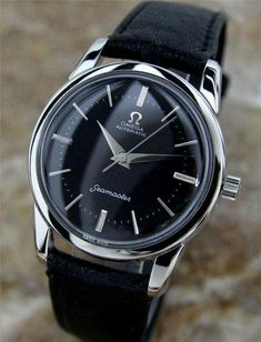 #marcaderelojes #relojes #relojesomega #omegarelojes Cheap Watches For Men, Stylish Watches, Luxury Watches, Cool Watches, Omega Seamaster, Vintage Omega, Gentleman Watch, Omega Automatic, Men Watches