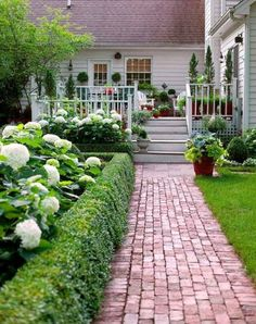 Front Yard Walkway, Small Front Yard Landscaping, Garden Landscaping, Landscaping Tips, Front Yards, Landscaping Software, Shade Landscaping, Landscaping Contractors, Mailbox Landscaping