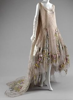 escape-n-dream: Boué Soeurs circa 1923-1925. Believed to be the inspiration for Rose's Presentation gown in Downton Abbey Season 4.(via Bou...