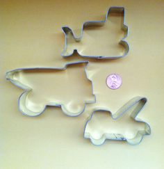 Construction Cookie Cutters Set - Bulldozer Cookie Cutter - Dump Truck Cookie Cutter - Tow Truck Cookie Cutter. $7.50, via Etsy.