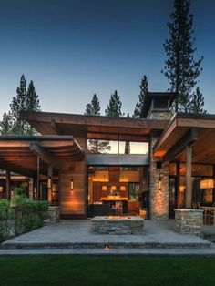 Mountain modern home in Martis Camp with indoor-outdoor living Source by Mountain Home Exterior, Modern Mountain Home, Mountain House Plans, Dream House Exterior, Mountain Living, Modern Exterior, Exterior Design, Modern Rustic Homes, Rustic Contemporary