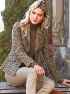 60 Best Casual Street Style Blazer Outfits Inspirational Ideas For Women - Page 37 of 60 - Diaror Diary Blazer Outfits For Women, Classy Outfits, Casual Outfits, Casual Street Style, Preppy Style, Style Casual, Casual Chic, Mode Style Anglais, Mode Outfits