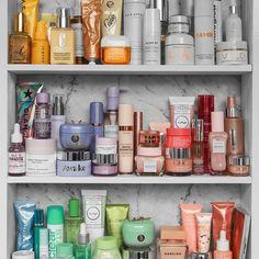 best skin care line Beauty Care, Beauty Skin, Beauty Hacks, Haut Routine, Skincare For Oily Skin, Bathroom Organisation, Organization, Shelfie, Tips Belleza