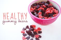 Make these healthy gummy bears for your next movie night!
