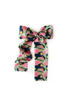Curiosity Skinny Neck tie  http://pipetdesign.com/collections/scarf-collection-curiosity  #Silk #Scarves #Print #Geometrics #Abstract #PIPÉT #Curiosity