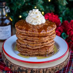 Delicious and easy Gingerbread Pancakes are a great way to start a chilly winter morning. These fluffy pancakes make a great Christmas morning breakfast. Gingerbread Pancakes, Christmas Morning Breakfast, Fluffy Pancakes, Christmas Treats, Christmas Recipes, Oven, Cooking Recipes, Sweets, Easy