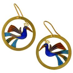 Love, love, love! How can you go wrong combining Laurel and peacocks???q