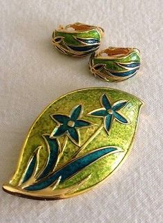 Vintage Alice Caviness Enameled Brooch & Earrings.