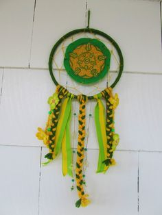 Hey, I found this really awesome Etsy listing at https://www.etsy.com/listing/230984723/tyrell-sigil-dreamcatcher