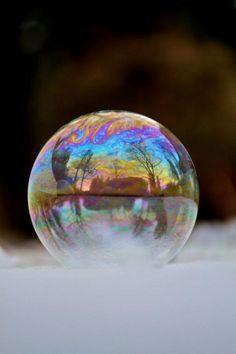 Temperature sotto zero: la bolla di sapone si congela