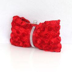Feminine Silk Handbag With Hand Made Flower Overlay   Read More:   http://www.fashionant.com/feminine-silk-handbag-with-hand-made-flower-overlay-831.html
