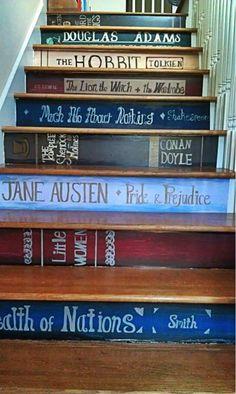 Verwandle deine Treppe in ein riesiges Bücherregal :) (gesehen auf pinmobo.de)