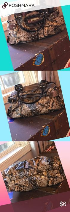 """🐍Genuine fake snake hobo bag🐍😂 🐍Super shiny genuine fake snake skin bag😜😂 No snakes were harmed in the making of this purse😜Measures approximately 16""""X11""""x4"""" with a 7"""" double handle strap drop. EUC 🐍🐍🐍🐍 Bags Shoulder Bags"""