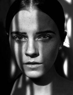 EMMA WATSON BY VINCENT PETERS FOR VOGUE ITALIA NOVEMBER 2015 • Minimal . / Visual .