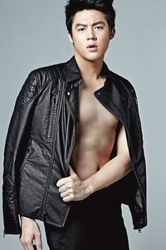 Kim Wo Bin, Sehun Hot, Romantic Kiss Gif, Mark Prin, Joo Hyuk, Stylish Boys, Asian Actors, Asian Men, Cute Guys