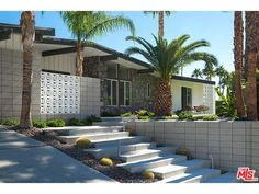 (TheMLS) For Sale: 3 bed, 2 bath, 2327 sq. ft. house located at 1270 Los Robles Dr, Palm Springs, CA 92262 on sale for $1,585,000. MLS# 14-784081PS. In 1962, the Alexander Company reserved this area of Vist...
