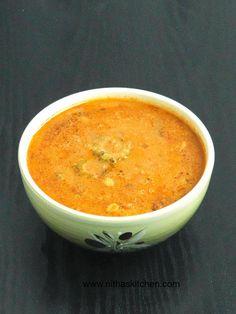 pavakkai puli kulambu,pavakkaai kuzhambu,tamarind sauce,coconut added recipe,stew with spicy tangy,nitha,Bitter gourd gravy/stew with spicy tangy coconut sauce,pavakka,pavakai,bitter melon,karela recipe