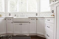 white-porcelain-sink.jpg (600×400)