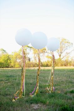 balloons for outdoor decoration - cheaper than flowers