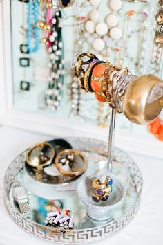 Laura Bateman Reif's Washington D.C. Home #theeverygirl #jewelry #organization