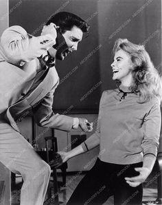 Elvis Presley and Ann-Margret Viva Las Vegas 1312-27