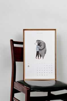 Love this idea of a frame for a calendar. On top you pull out each card for the individual months! Behance  Project: 2016 SK calendar project Credit: Multiple Artists