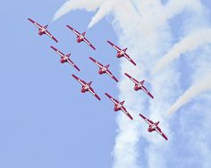 The only crew to fly a 9 formation. Canadian Things, I Am Canadian, Aerial Acrobatics, Airplane Photography, Canada 150, Big Bird, Air Show, Military Aircraft, High Flight