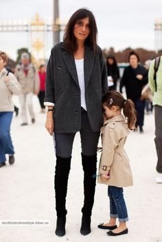 Emmanuelle Alt with her daughter. Oversized blazer and thigh high boots.