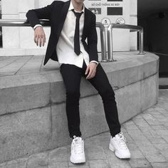 Korean Fashion Men, Boy Fashion, Mens Fashion, Fashion Outfits, Edgy Outfits, Korean Outfits, Cute Outfits, Style Ulzzang, Korean Boys Ulzzang