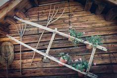 Altholzchalet in der Musterhausanlage in Innerfragant, Mölltaler Gletscherregion, Chaletdorf Eggerfeld, originäre Bauweise mit echtem Altholz Felder, Garden Bridge, Outdoor Structures, Environment, Old Wood