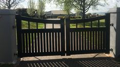 If you are looking for farm gates or farm gate opener, speak to us at Domain Gates. Front Gates, Front Yard Fence, Entrance Gates, Farm Gate, Fence Gate, Aluminium Gates, Driveway Entrance, Gate Ideas, Modern Fence